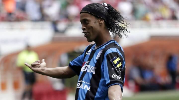 Ronaldinho no entrenaba los lunes en Gallos