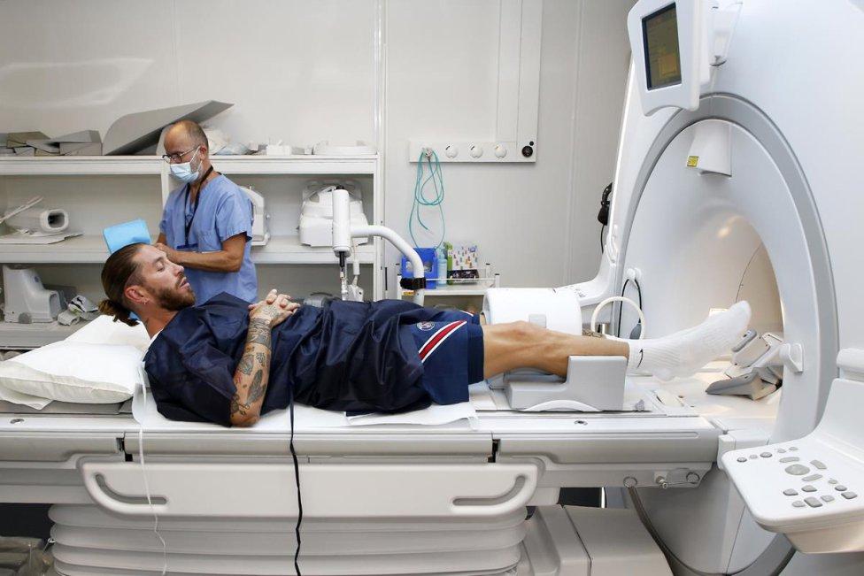 Reconocimiento médico de Sergio Ramos con el PSG