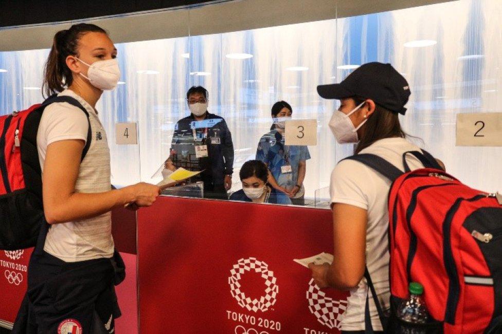 La Roja femenina aterrizó en Japón y está lista para enfrentar sus primeros Juegos Olímpicos.