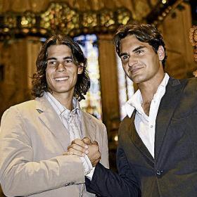 Photos et vidéos de Rafael Nadal - Page 2 B_AMIGOS_FUERA_PISTA_b