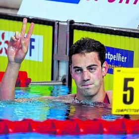 Muñoz bate su récord de Europa y roza el mundial