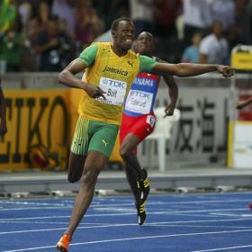 Bolt volvió a regresar al futuro Bolt_bate_record_mundo_200