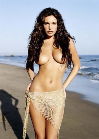 LAS CHICAS DEL AS - LA CONTRAPORTADA - Página 5 Kelly_cambia_Cipriani_Playboy