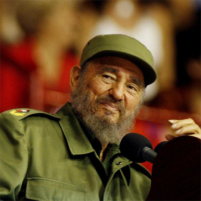 Los Marlins suspenden a su técnico por elogiar a Castro