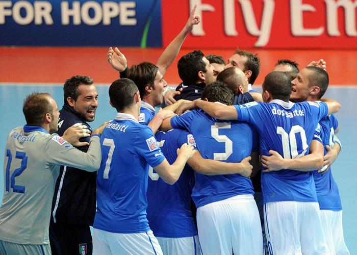 Italia repite bronce tras imponerse a Colombia