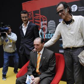 'El Brujo' Quini se emocionó en el estreno de su película