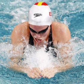 Marina García nada hacia otra medalla en los 100 braza