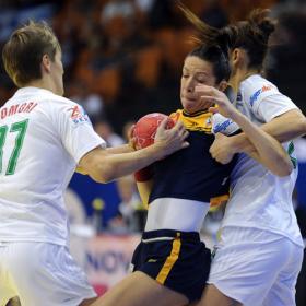 España tropieza con Hungría y pasa de fase con dos puntos