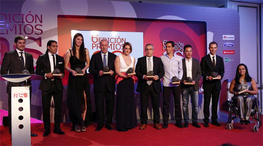 AS homenajeó a los mejores de 2012 en una noche estelar