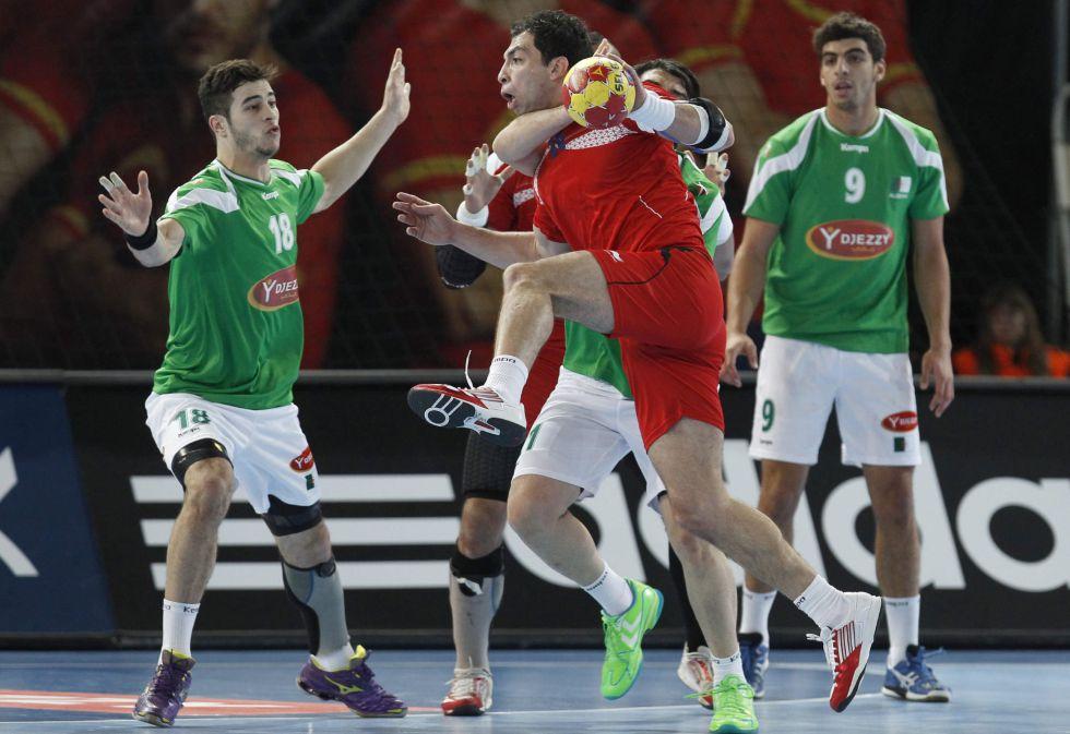 Argelia y Egipto empatan y se jugarán el pase contra Australia