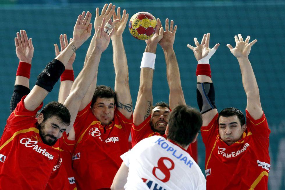 España pierde con Croacia y evita a Francia en cuartos