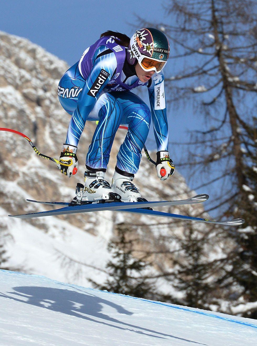 Carolina Ruiz acaricia el podio en Cortina d'Ampezzo