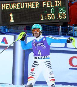El alemán Neureuther gana el eslalon suizo de Wengen