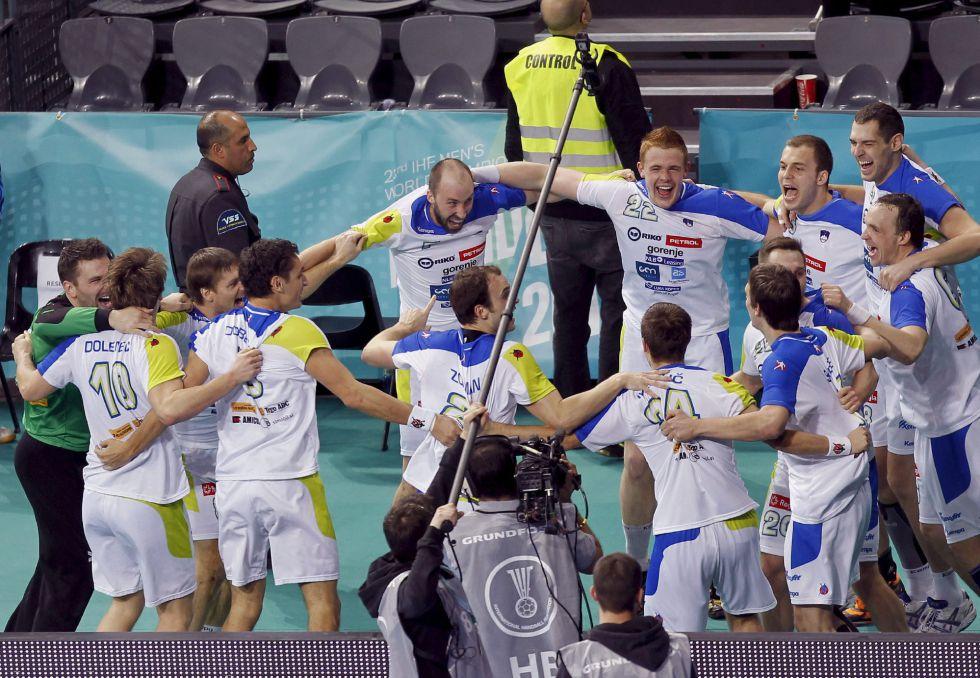 España espera en semifinales a una heroica Eslovenia
