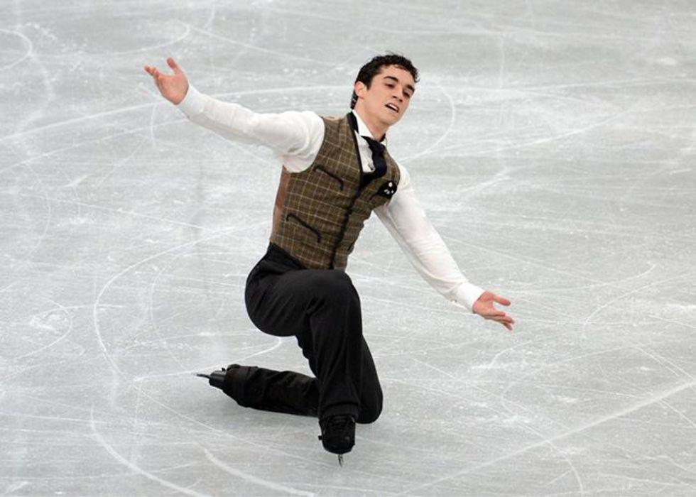 Javier Fernández recupera los patines que perdió en un vuelo