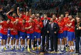 El balonmano español tiene 96.000 fichas y aspira a doblarlas