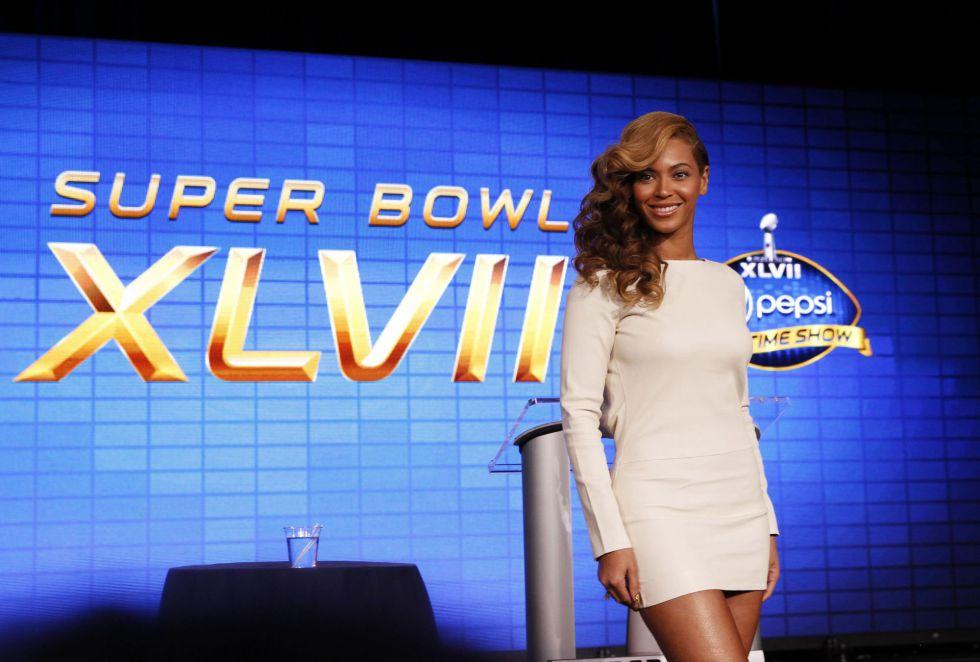 Beyonce, estrella del descanso, asegura que cantará en directo