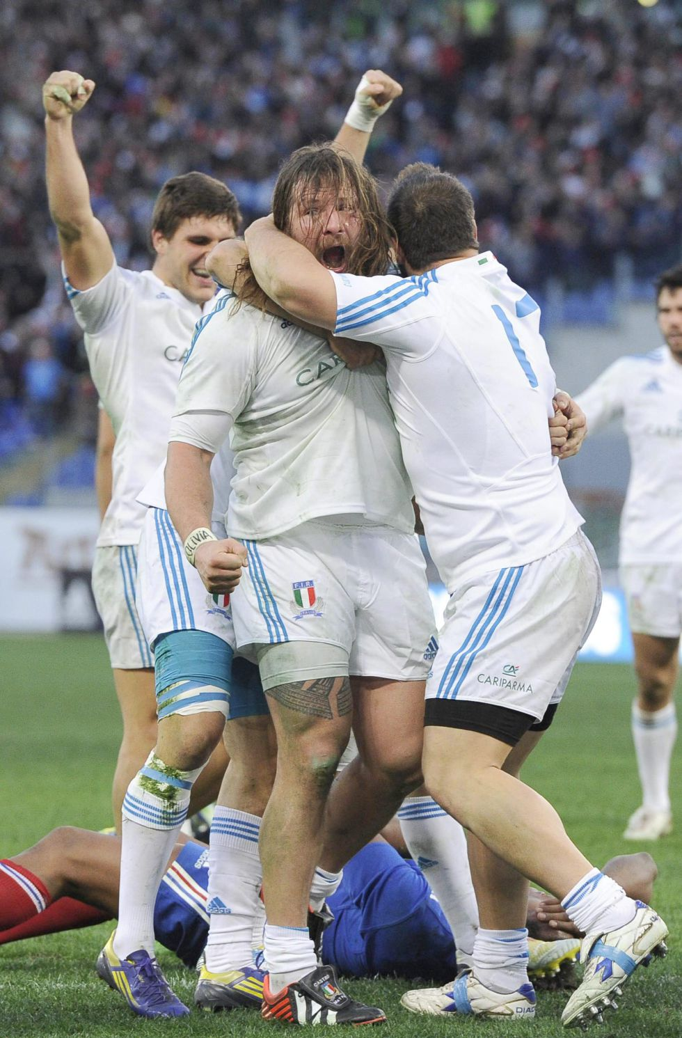 Francia paga su indolencia ante una Italia que sacude el torneo