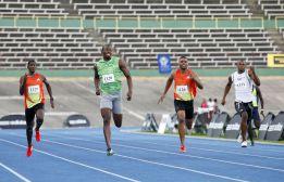 Bolt comienza la temporada corriendo los 400 metros lisos