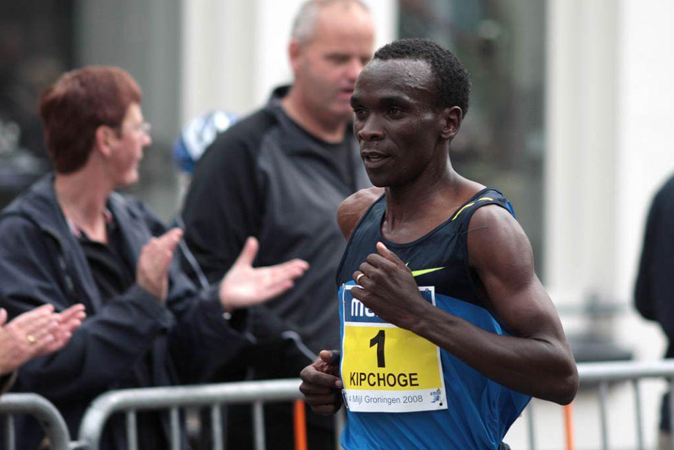 El campeón keniano Kipchoge y la etíope Baysa, favoritos