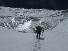 Juanra Madariaga desiste y Alex Txikon atacará el Lhotse