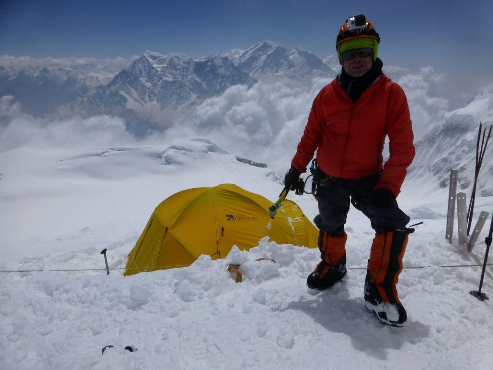 Juanjo Garra aguarda el rescate a unos 8.000 metros de altura