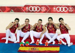 Oro para el taekwondista Méndez y el equipo de gimnasia