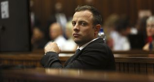 Pistorius disparó un arma por accidente en un restaurante