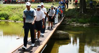 Tiger Woods viajó al Valhalla para probarse antes del PGA