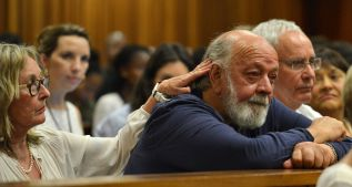 Familiar de la novia de Pistorius recuerda el trauma de su muerte
