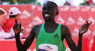 Bernard Kipyego vence en Ámsterdam con récord personal
