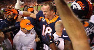 Manning bate récord de touchdowns en la NFL