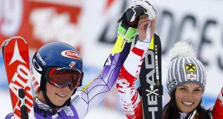 Shiffrin y Fenninger comparten el triunfo en la primera prueba