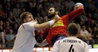 España cumple con notable en Cangas ante la discreta Austria