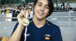 Miguel Ortiz gana el oro en los 50 metros espalda