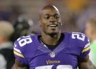 Peterson, estrella de NFL, evita prisión por maltrato infantil
