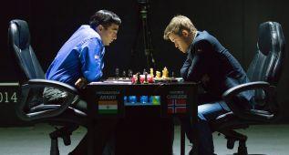 Carlsen y Anand firman tablas tras más de seis horas