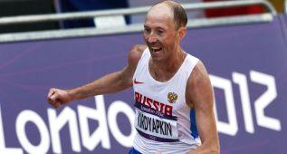 Dimite el entrenador jefe de Rusia por los casos de dopaje