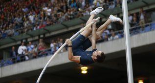 Lavillenie salta 6 metros por primera vez desde su récord