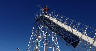 La nueva torre de Grandvalira espera a los 'bólidos' de la nieve