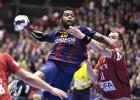 El Barça arrolla al Aalborg (11-31) y decide en la ida de octavos