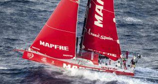 El Mapfre mantiene el segundo puesto en una regata reñida