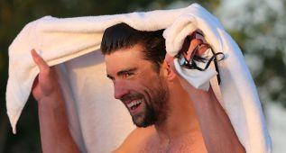 Phelps cierra su regreso con un triunfo en los 100 libre