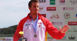 Sete Benavides, medalla de bronce en C1 200 en Duisburgo