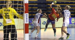 Las paradas de Navarro conducen a España al Mundial