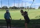 """Sharapova dio su primera clase de golf: """"¡Qué no sea la última!"""""""