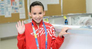 Alzain Tareq, de Bahrain, salta al agua en el Mundial con 10 años