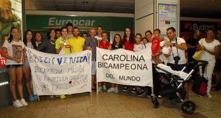 La doble campeona mundial Carolina Marín ya está en casa