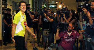 Lágrimas en el Aeropuerto de Barajas y raqueta al ministro