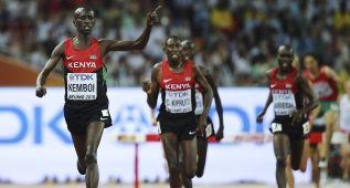 Cuarto oro seguido de Kemboi, que lidera el triplete de Kenia